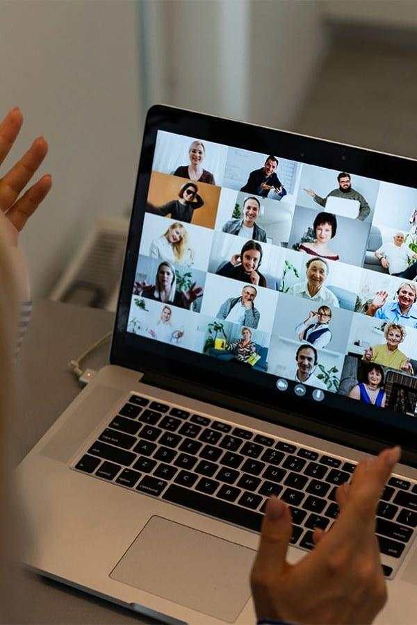 Online Pubquiz met collegas